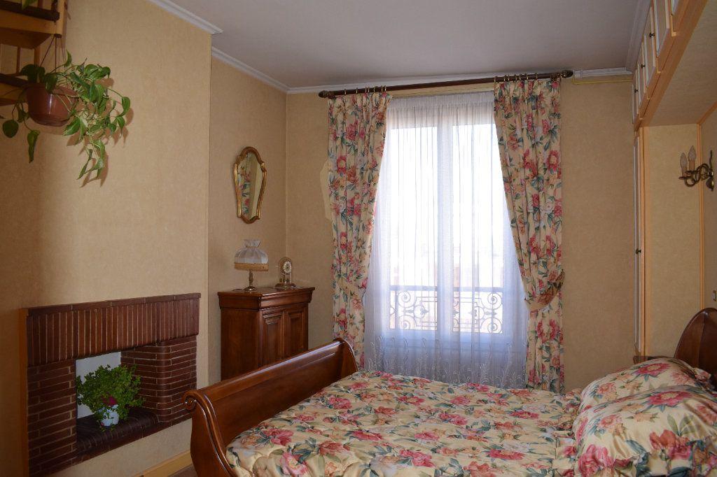 Appartement à vendre 4 76.9m2 à Brunoy vignette-5