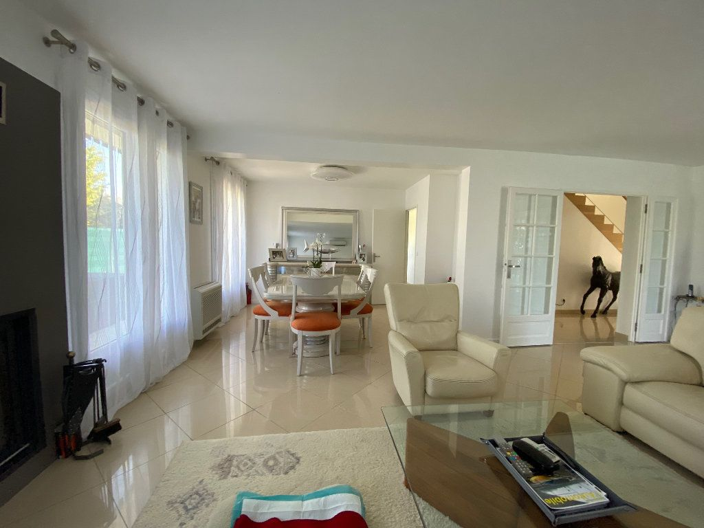Maison à vendre 7 180m2 à Marolles-en-Brie vignette-5