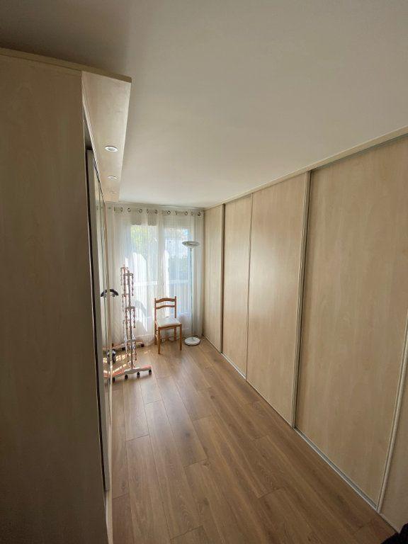 Maison à vendre 7 180m2 à Marolles-en-Brie vignette-11