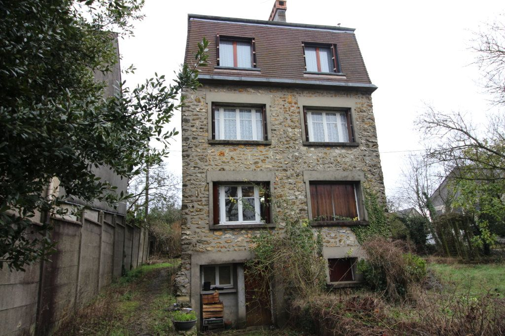 Maison à vendre 8 117m2 à Corbeil-Essonnes vignette-1