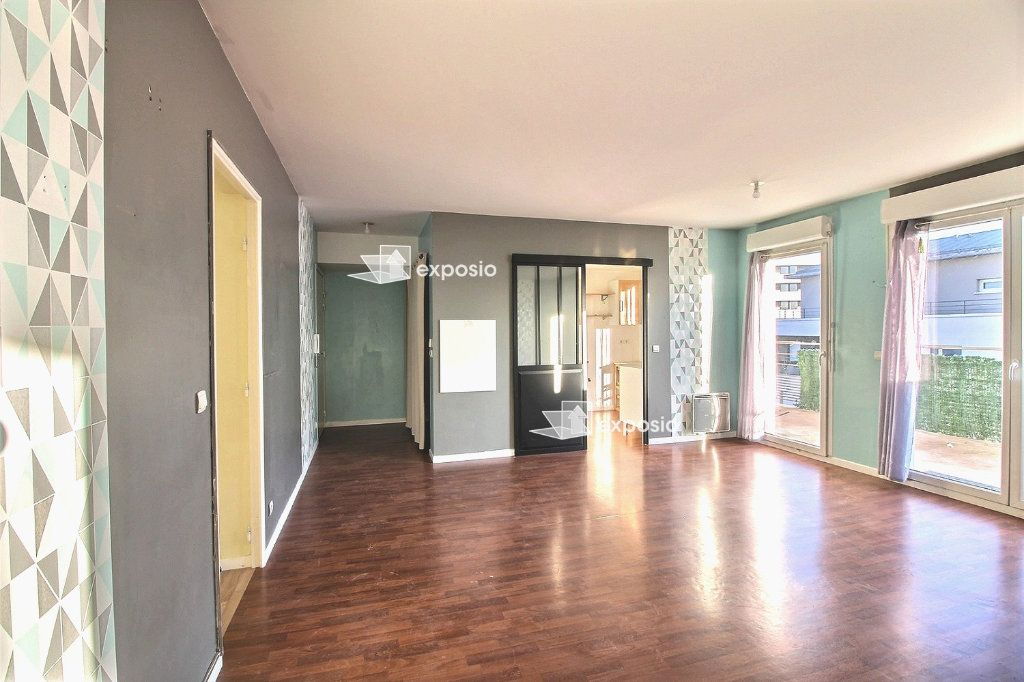 Appartement à vendre 4 77.59m2 à Corbeil-Essonnes vignette-4