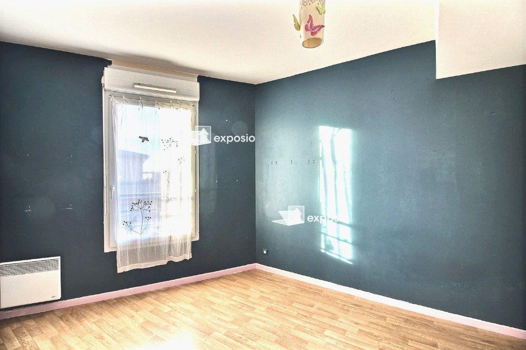 Appartement à vendre 4 77.59m2 à Corbeil-Essonnes vignette-10
