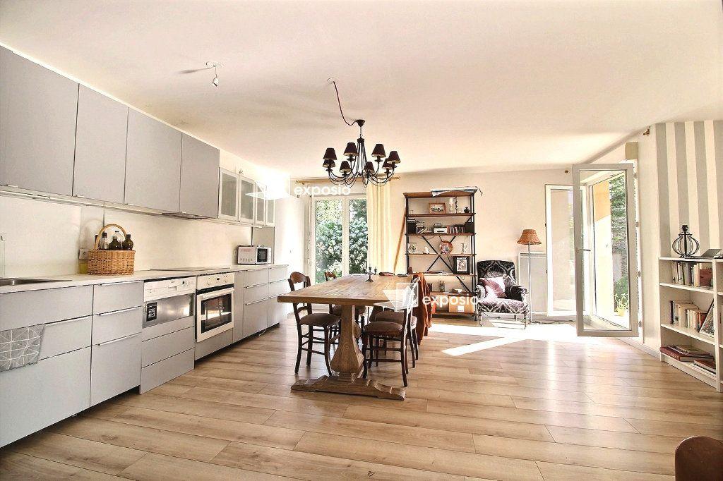 Appartement à vendre 3 79m2 à Corbeil-Essonnes vignette-2
