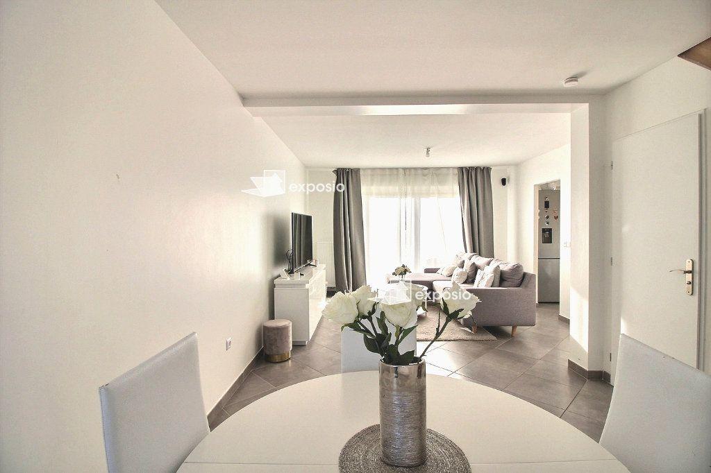 Maison à vendre 5 82.47m2 à Corbeil-Essonnes vignette-5
