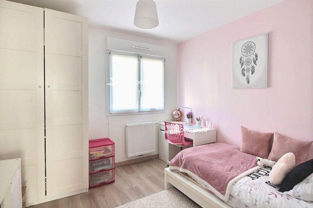 Maison à vendre 5 82.47m2 à Corbeil-Essonnes vignette-11