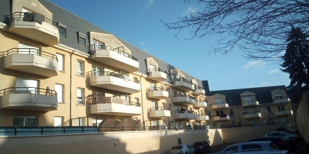 Appartement à vendre 3 67m2 à Corbeil-Essonnes vignette-1