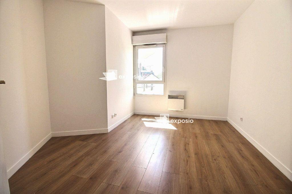 Appartement à vendre 3 67m2 à Corbeil-Essonnes vignette-5
