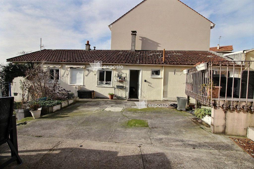 Maison à vendre 4 120m2 à Corbeil-Essonnes vignette-12