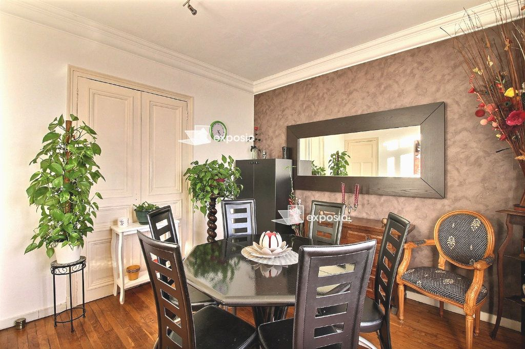 Appartement à vendre 3 57.41m2 à Corbeil-Essonnes vignette-1