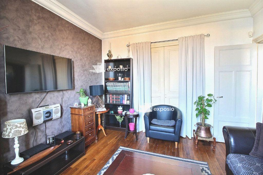 Appartement à vendre 3 57.41m2 à Corbeil-Essonnes vignette-4