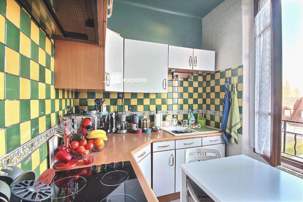 Appartement à vendre 3 57.41m2 à Corbeil-Essonnes vignette-7