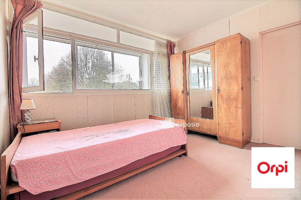 Appartement à vendre 4 67m2 à Évry vignette-6