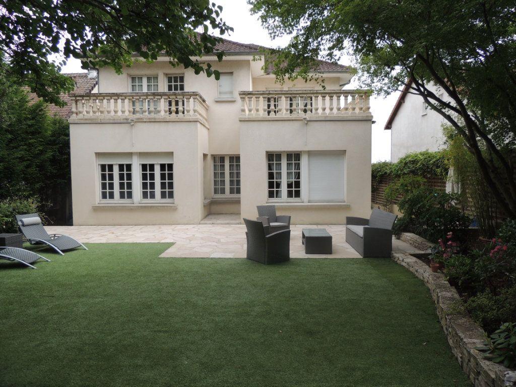 Maison à vendre 8 300m2 à Athis-Mons vignette-1