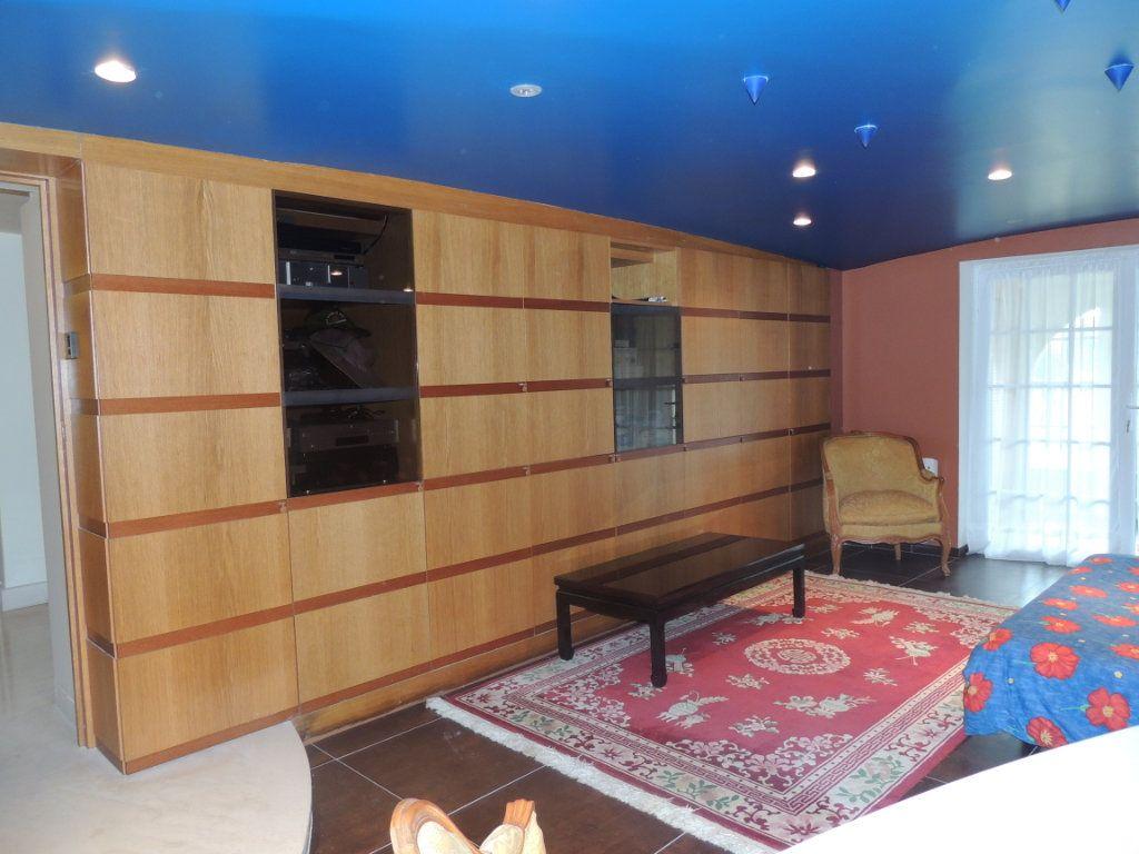 Maison à vendre 8 300m2 à Athis-Mons vignette-14