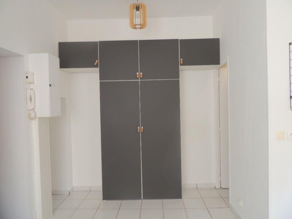 Appartement à louer 1 18.78m2 à Athis-Mons vignette-5