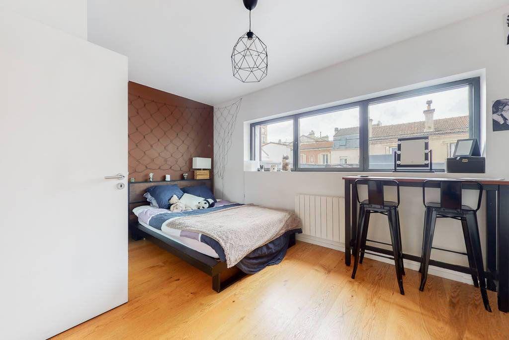 Maison à vendre 7 186.62m2 à Vanves vignette-4