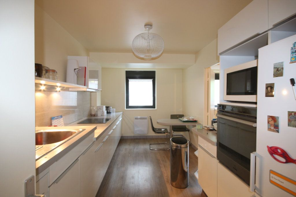 Appartement à vendre 6 138.53m2 à Paris 14 vignette-3