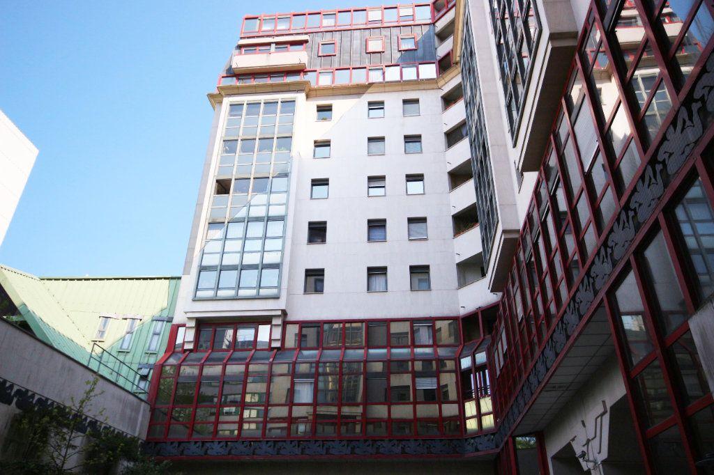 Appartement à vendre 6 138.53m2 à Paris 14 vignette-14
