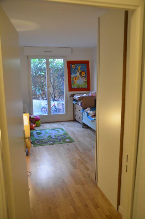 Appartement à louer 3 77.9m2 à Paris 14 vignette-4