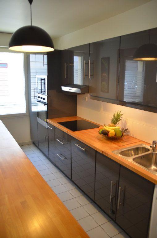 Appartement à louer 3 77.9m2 à Paris 14 vignette-7