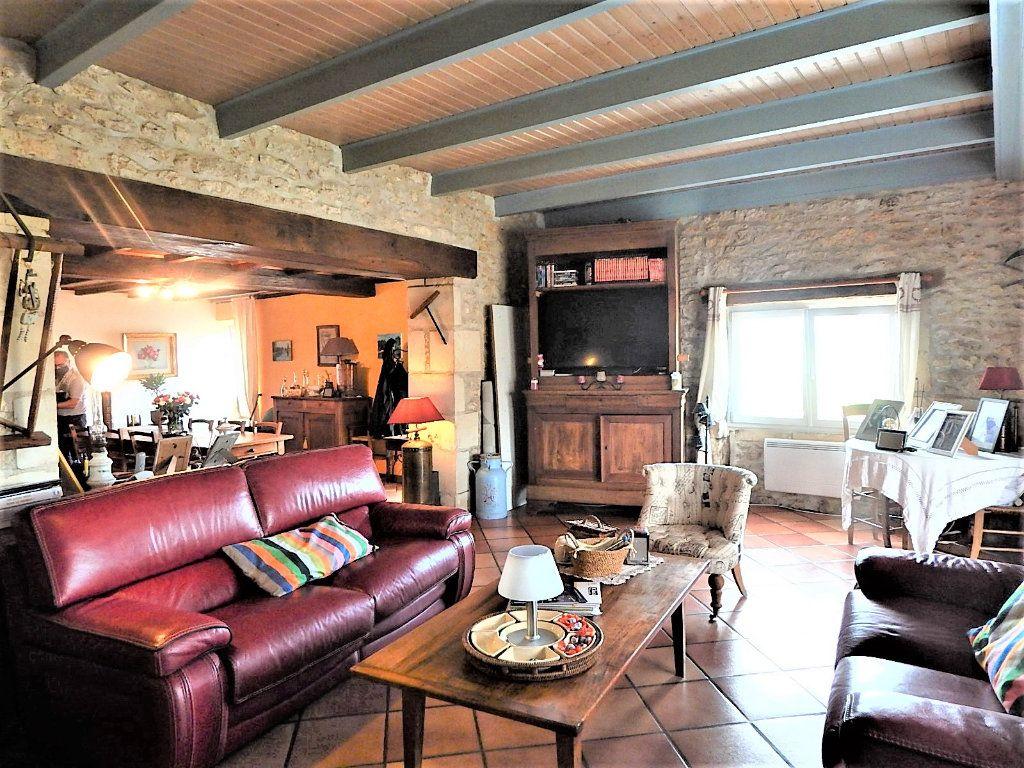Maison à vendre 7 157m2 à Sablonceaux vignette-4