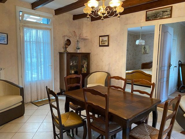 Maison à vendre 6 95m2 à Saujon vignette-4