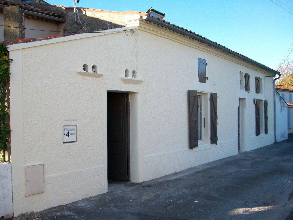 Maison à vendre 3 85m2 à Royan vignette-1