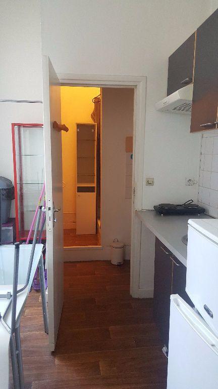 Appartement à louer 1 22.26m2 à Lille vignette-6