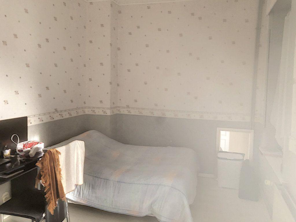Maison à vendre 7 214m2 à Tourcoing vignette-9