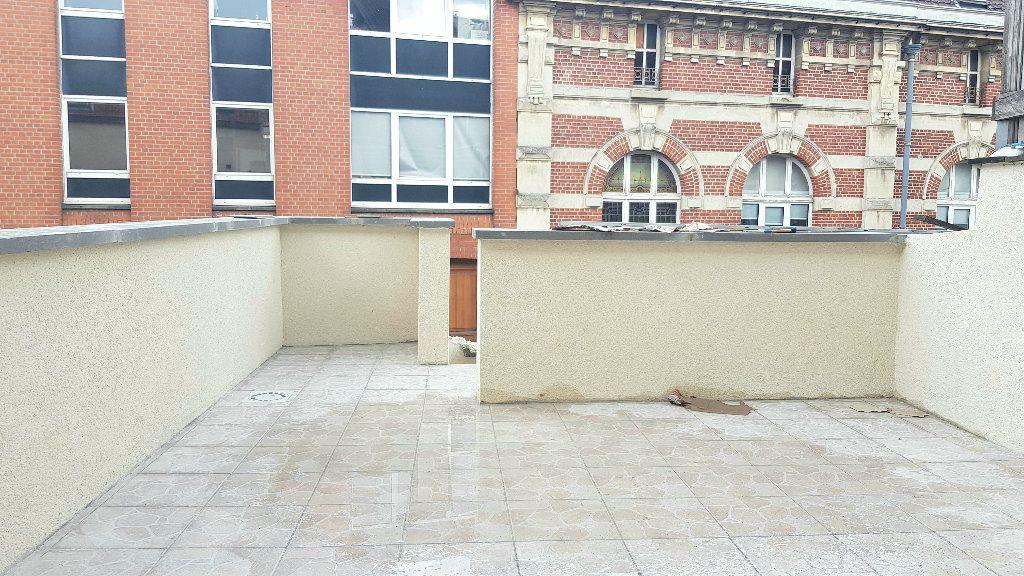 Immeuble à vendre 0 97.5m2 à Tourcoing vignette-3