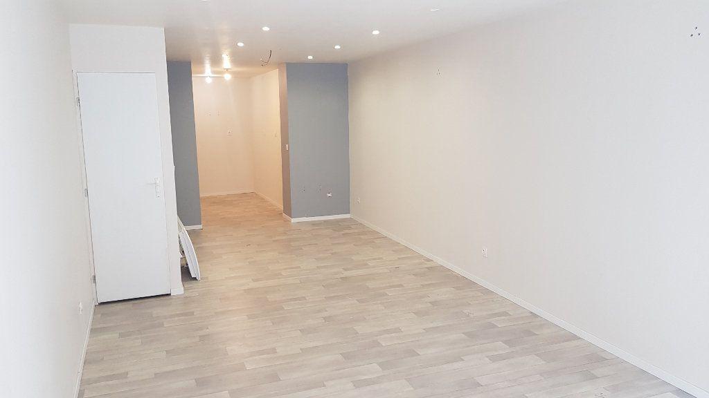 Immeuble à vendre 0 97.5m2 à Tourcoing vignette-6