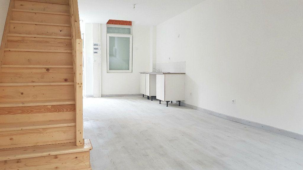 Immeuble à vendre 0 97.5m2 à Tourcoing vignette-9