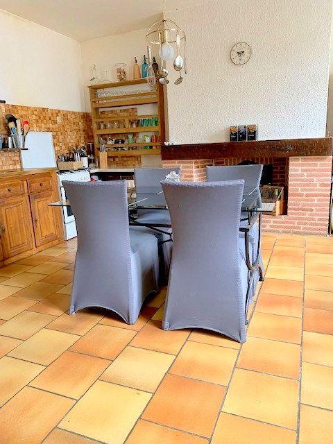 Maison à vendre 5 178m2 à Castelsarrasin vignette-5