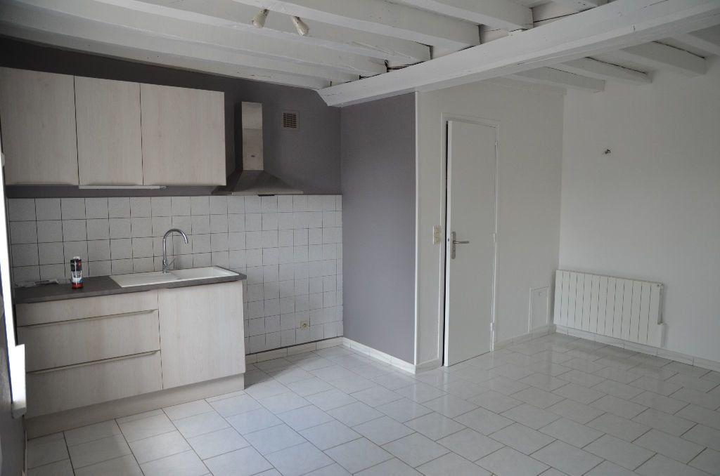Maison à louer 2 30m2 à Saint-Langis-lès-Mortagne vignette-3