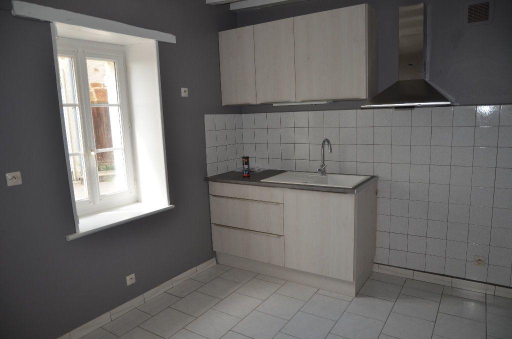 Maison à louer 2 30m2 à Saint-Langis-lès-Mortagne vignette-5