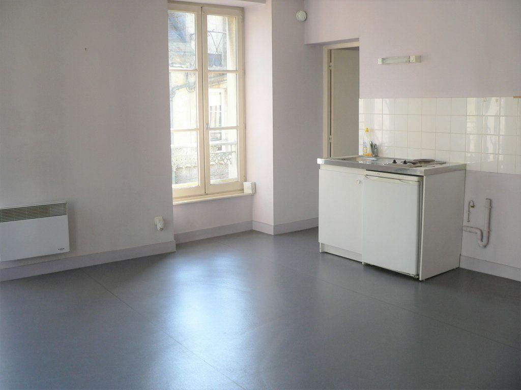 Appartement à louer 2 43m2 à Mortagne-au-Perche vignette-3