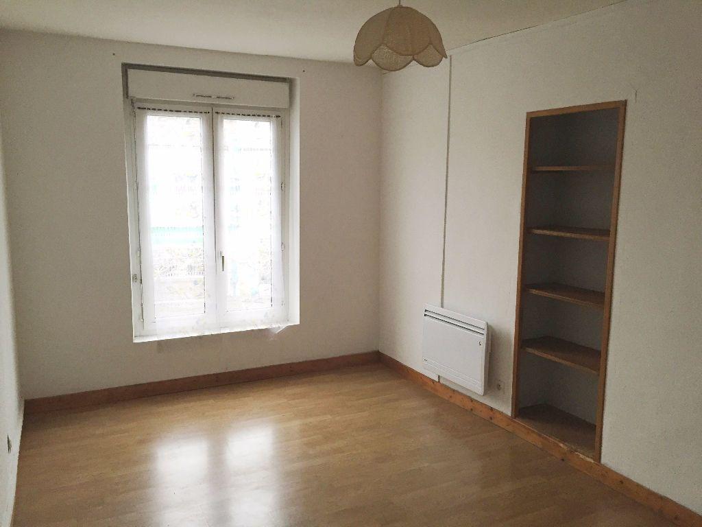 Appartement à louer 3 52m2 à Mortagne-au-Perche vignette-3