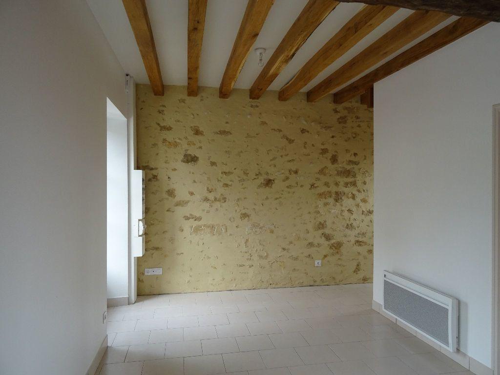 Appartement à louer 3 40.87m2 à Mortagne-au-Perche vignette-2