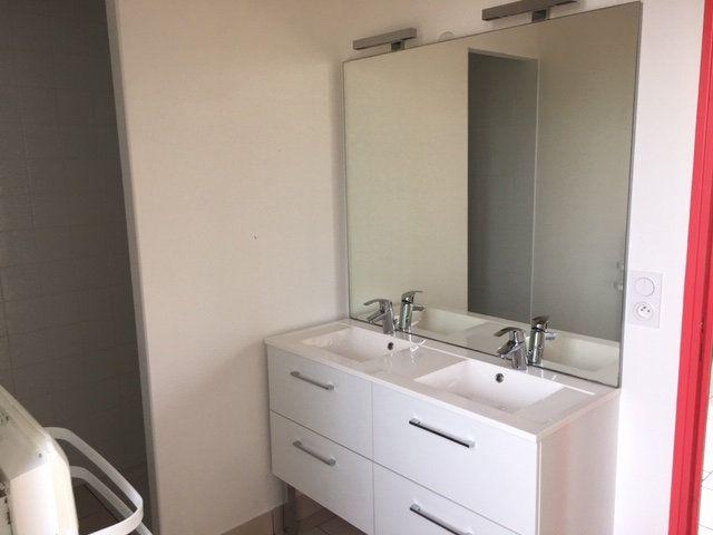 Appartement à louer 3 40.87m2 à Mortagne-au-Perche vignette-3
