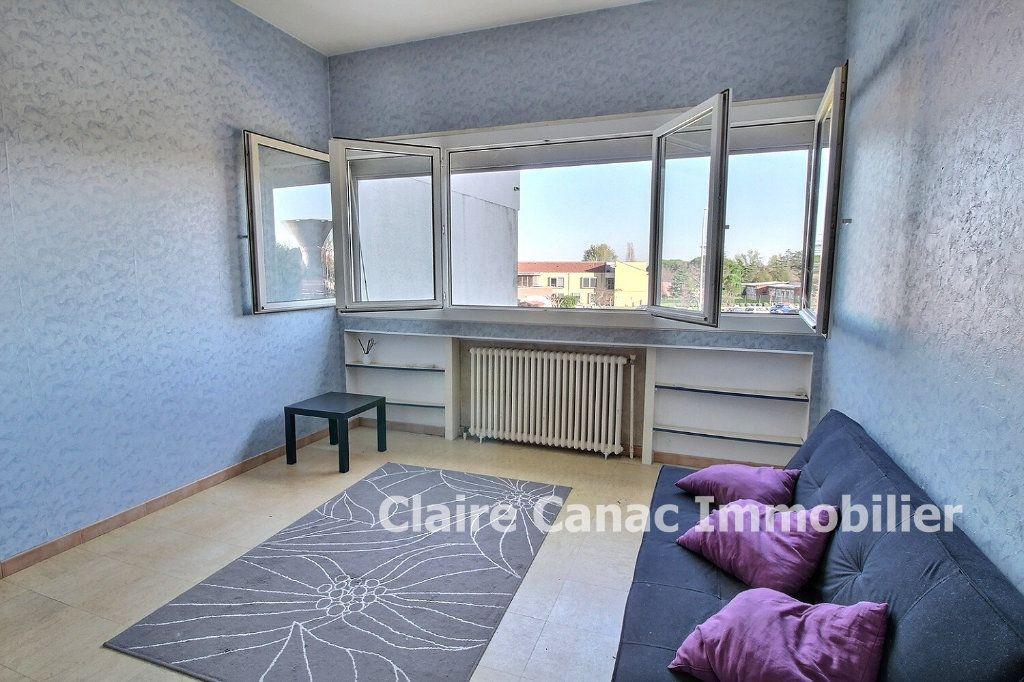 Appartement à louer 1 25m2 à Lavaur vignette-2