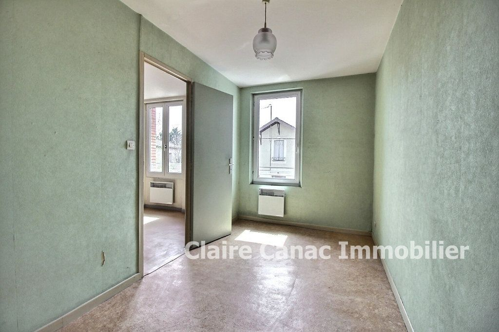 Appartement à louer 2 51m2 à Lavaur vignette-2