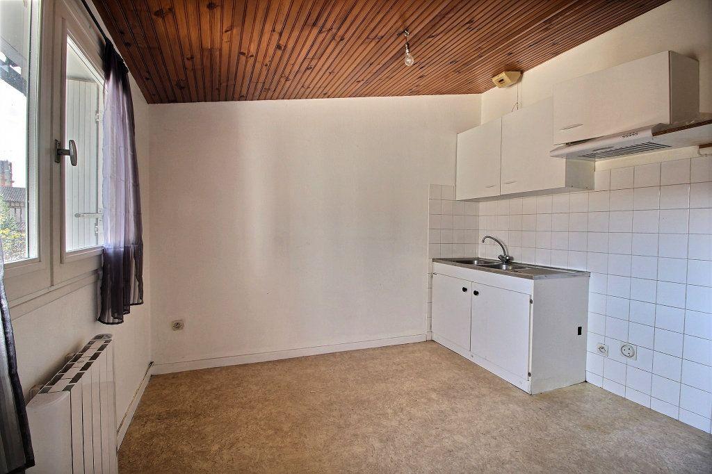 Appartement à louer 2 64m2 à Lavaur vignette-3