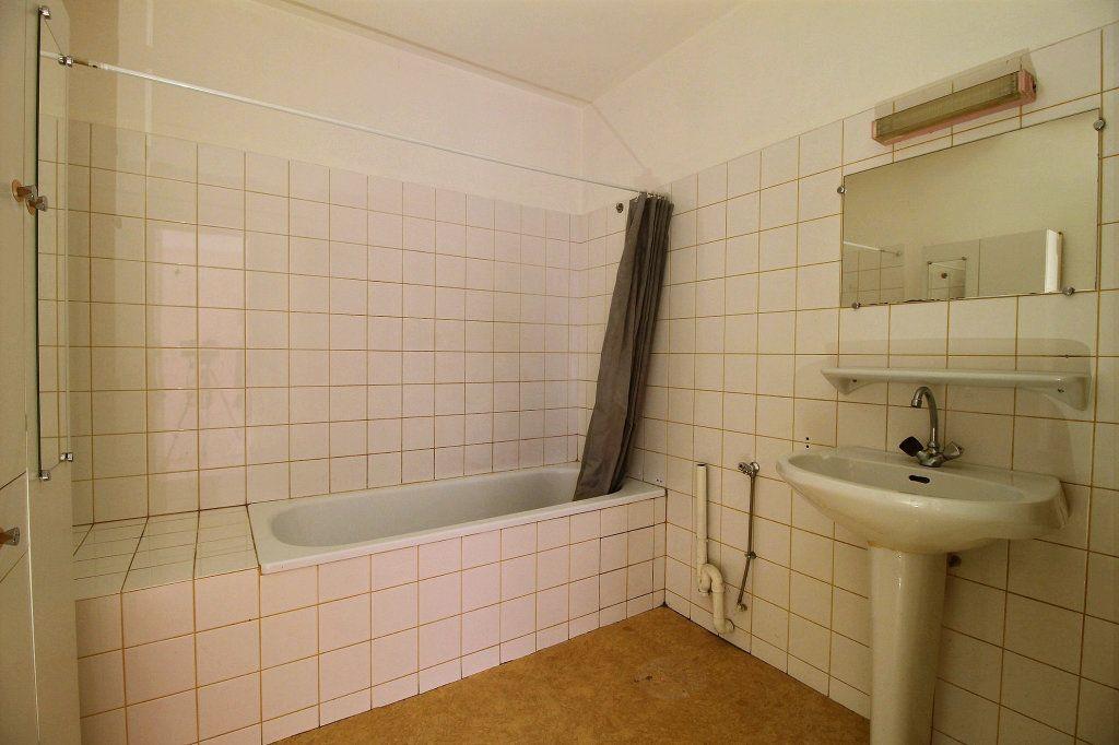 Appartement à louer 2 64m2 à Lavaur vignette-4