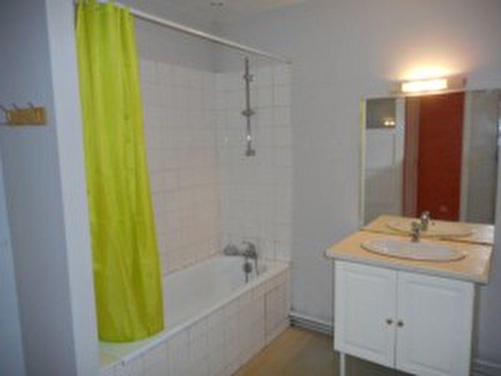 Appartement à louer 2 42m2 à Mazamet vignette-6