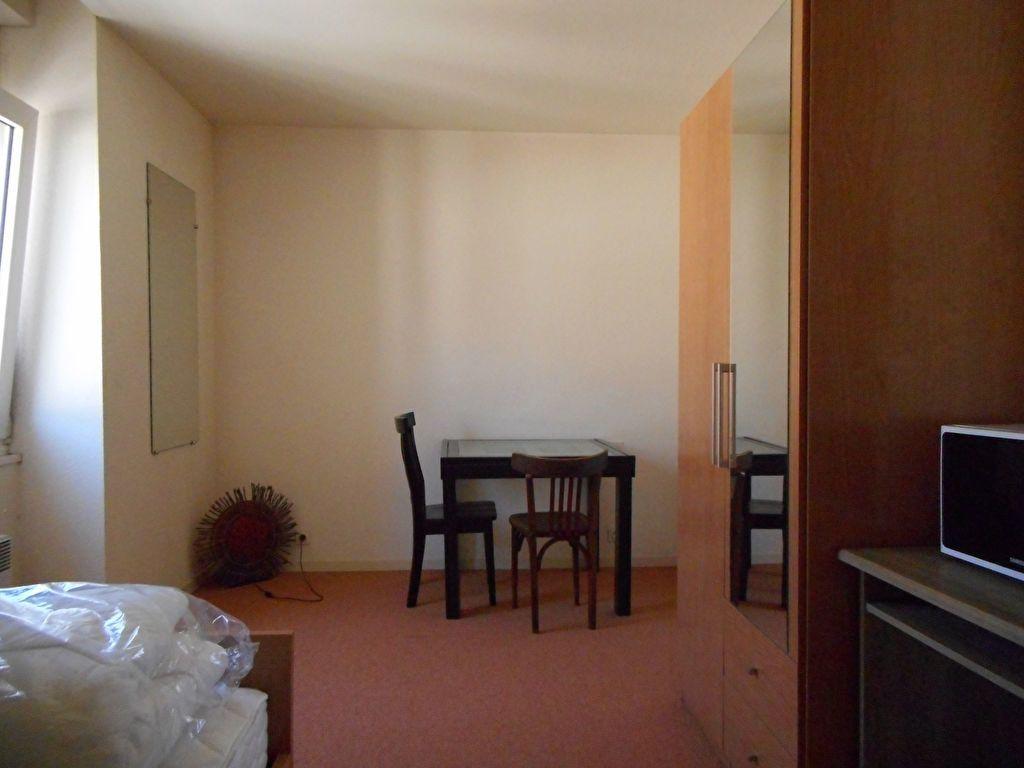 Appartement à louer 1 20m2 à Mazamet vignette-1