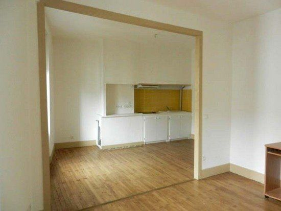 Appartement à louer 2 50m2 à Mazamet vignette-2