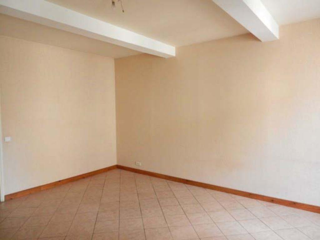 Appartement à louer 2 44m2 à Mazamet vignette-3