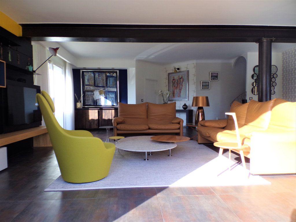Maison à vendre 6 215m2 à Biarritz vignette-8
