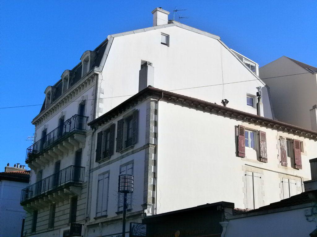 Appartement à vendre 5 138.9m2 à Biarritz vignette-1