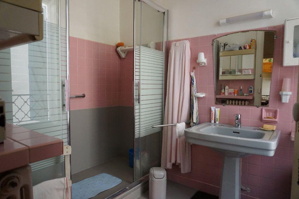 Appartement à vendre 5 138.9m2 à Biarritz vignette-7